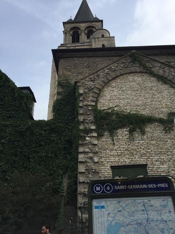 Saint-Germain-des-Prés (ponctué d'arrêts gourmands)
