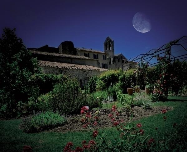 Le jardin de senteurs de salagon en nocturne s ances for Jardin nocturne