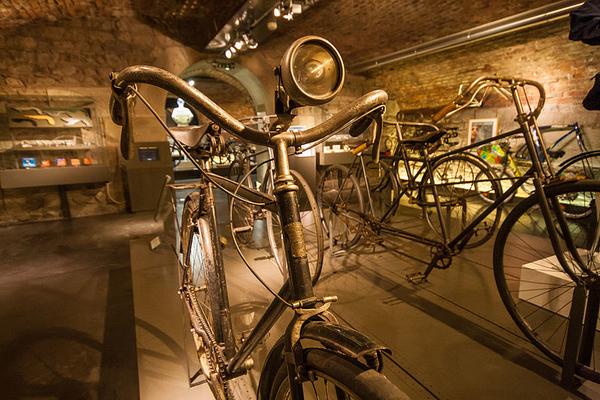 Musée d'Art et d'Industrie - Les trois collections