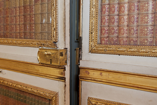 visiter les lieux cach s mes sorties culture ch teau de versailles. Black Bedroom Furniture Sets. Home Design Ideas