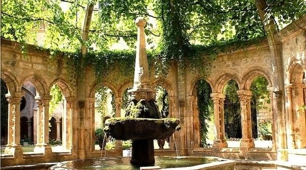 Abbaye Cistercienne de Valmagne