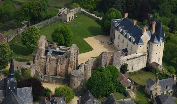 La forteresse du château de Sainte-Suzanne