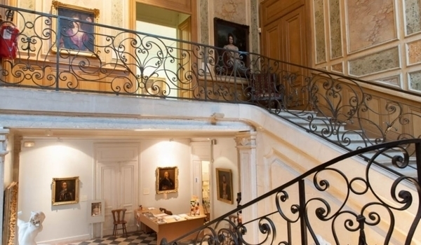 Musée d'Art Hôtel Sarret de Grozon