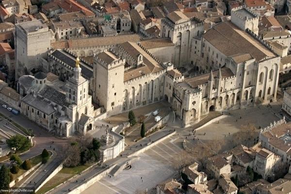 Avignon au temps des Papes