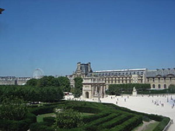 Jeu de piste autour du Palais du Louvre