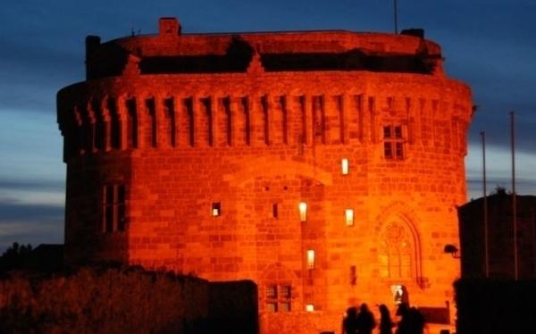 Les soirées nocturnes du Château de Dinan