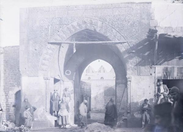 Photographier la Syrie : regards sur le patrimoine islamique