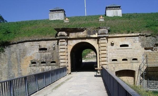 Fort et Batterie des Ayvelles