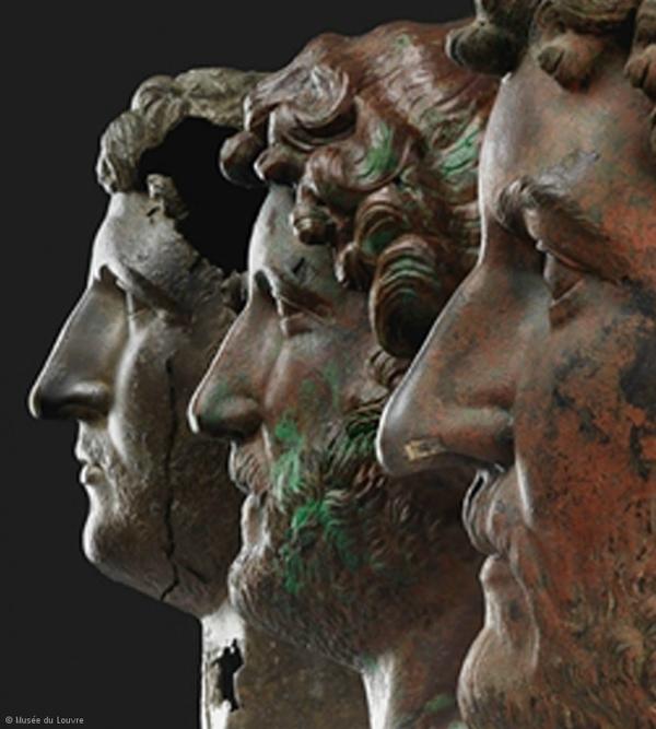 Portraits en bronze de l'empereur Hadrien