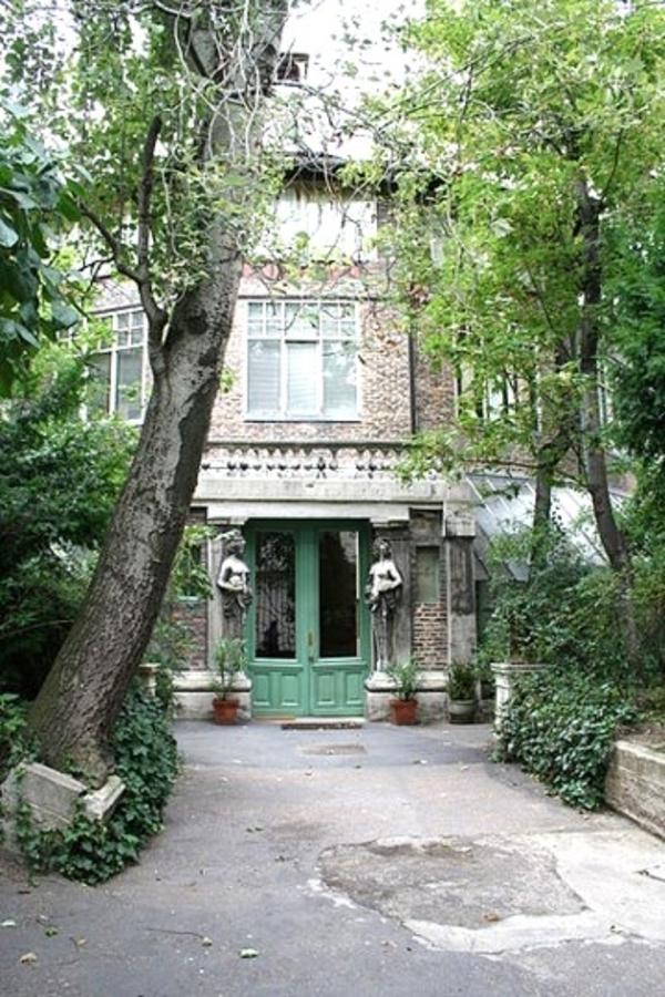 La Ruche, une des plus anciennes cité d'artistes de Paris