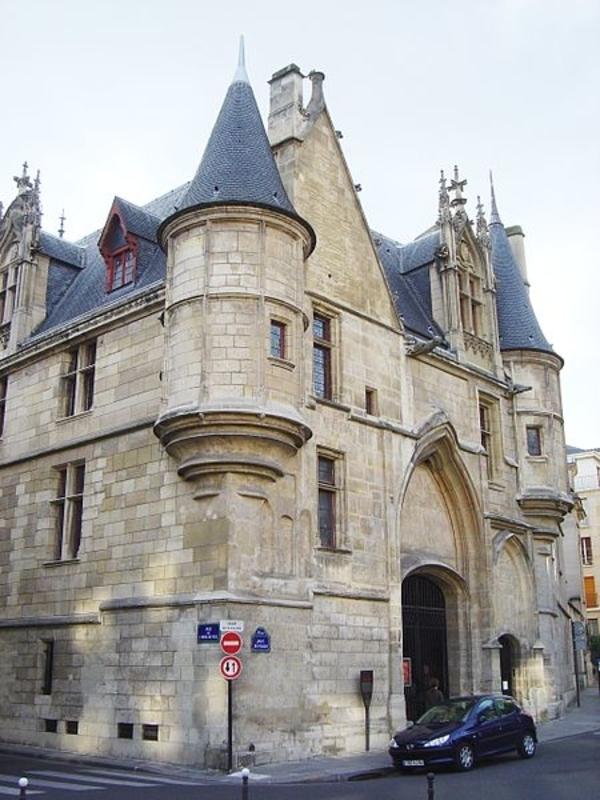 Cours et jardins secrets du Marais des Templiers