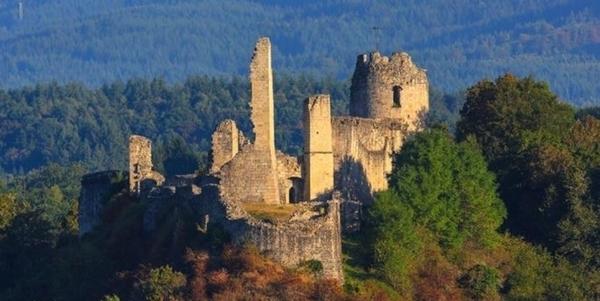 Le château de Ventadour en Corrèze