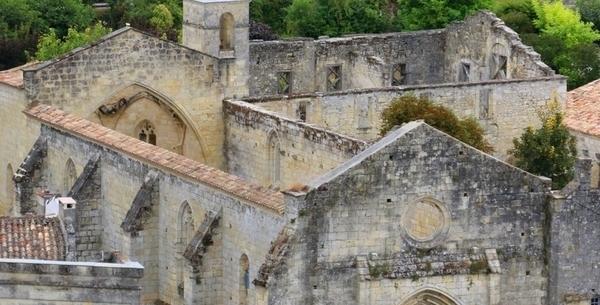 Cloître des Cordeliers et ses caves