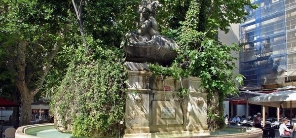 Toulon, le circuit des fontaines