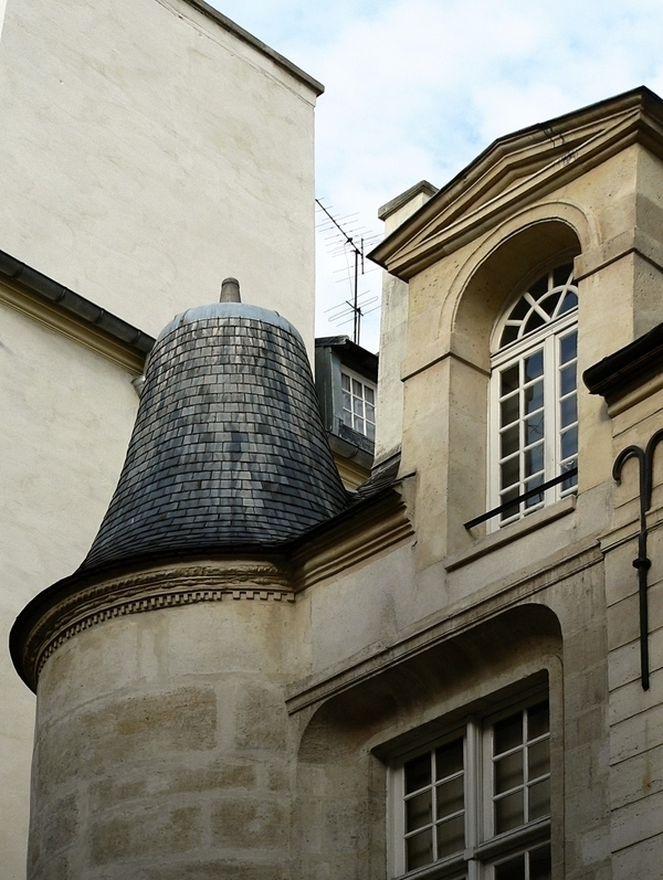 De la rue Hautefeuille au quartier St André des Arts