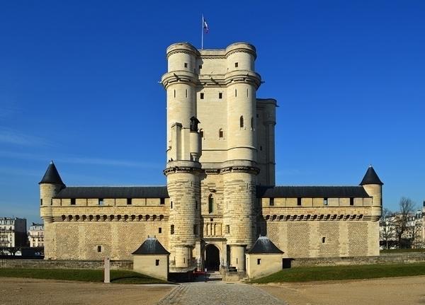 Le château de Vincennes expliqué aux enfants