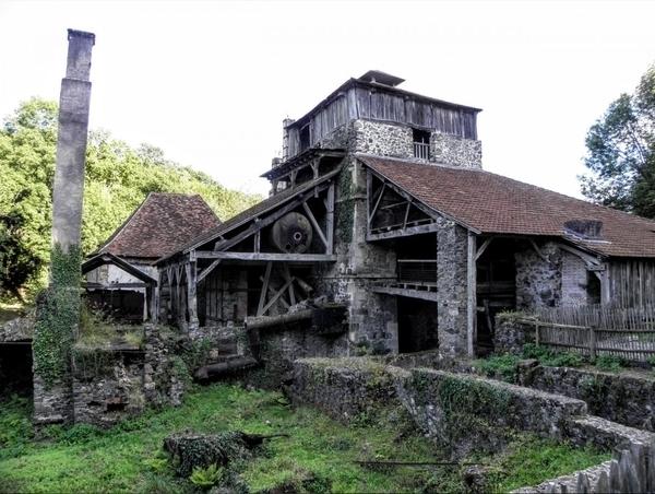 La forge de Savignac-Lédrier
