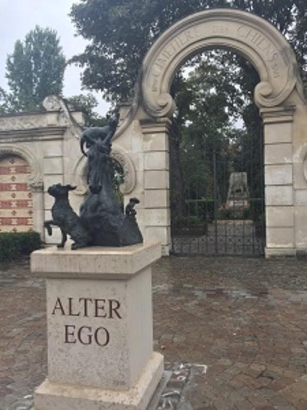 Le Cimetière des animaux à Asnières