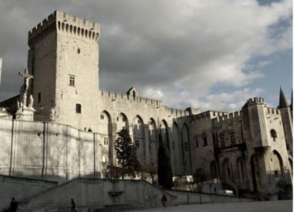 Avignon, ville aux plusieurs visages