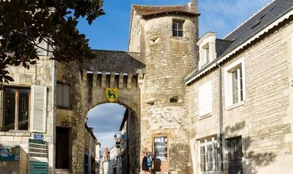 La Roche-Posay, cité médiévale
