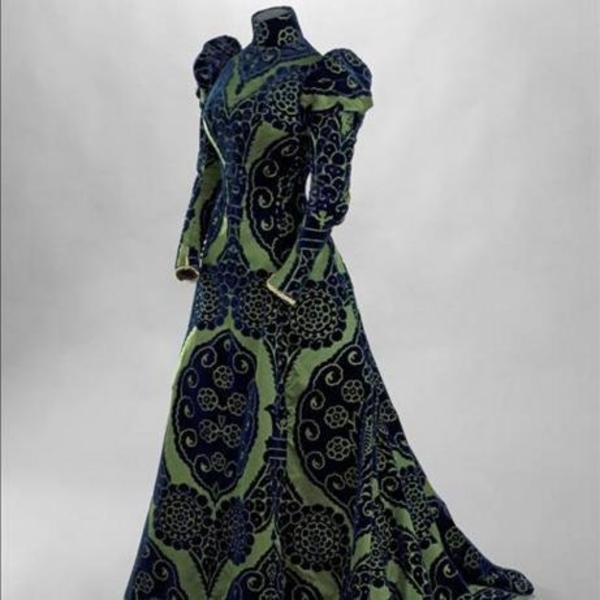 9de73cb53c5 La mode retrouvée   les robes – trésors de la comtesse Greffulhe (famille)