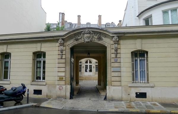Hôtels et belles demeures du quartier du Pré aux Clercs