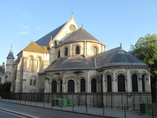 Rues et maisons du Moyen-Age autour de St Martin des Champs